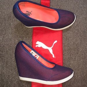 PUMA Shoes, Blue Net on Pink wedges  shoes  7 size